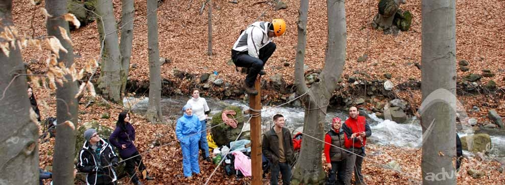 team-building-outdoor-verticaladventure