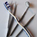 operatie-implant-dentar
